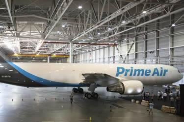 Amazon despega sus aviones